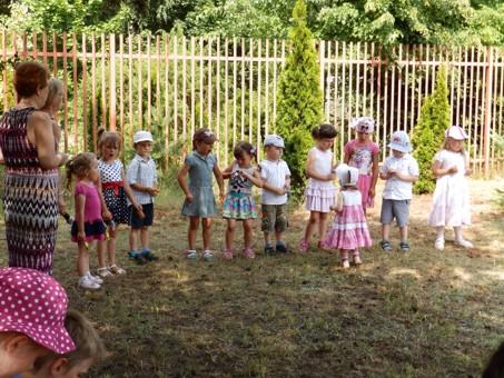 Stowarzyszenie Domu Dziecka Pomnika Im Dzieci